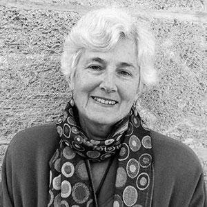 Image of Australian Poet & Author, Diane Fahey - photo by Irena Zdanowicz